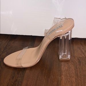 Nude Open-Toe Shoes w/ Transparent Heel